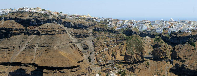 Santorini, I lived briefly in a cloud | The Food & Leisure Guide
