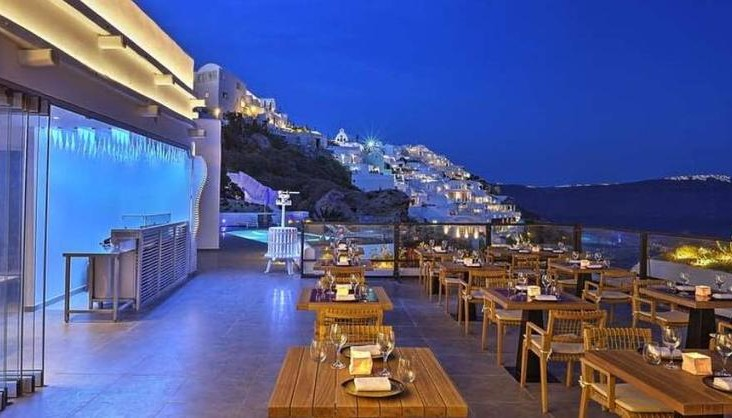 SANTORINI: THE RESTAURANT DREAM TEAM | Hotels & Destinations